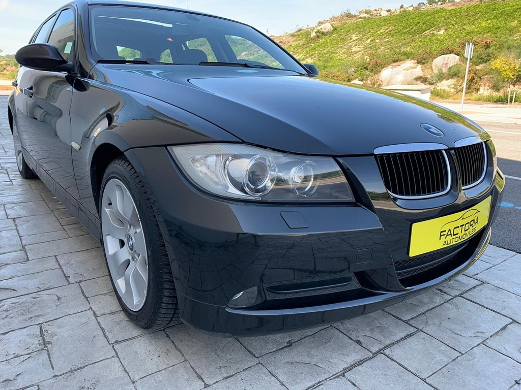 Foto 21 BMW Serie 3 320D Touring