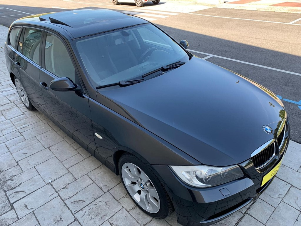 Foto 22 BMW Serie 3 320D Touring
