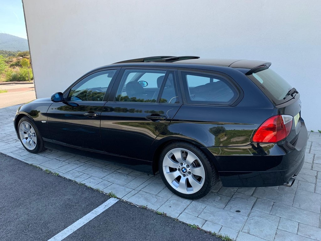 Foto 24 BMW Serie 3 320D Touring